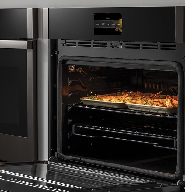 Wall Oven with Hot Air Frying